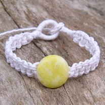 Macrame White Hemp with Lemon Jasper Bead