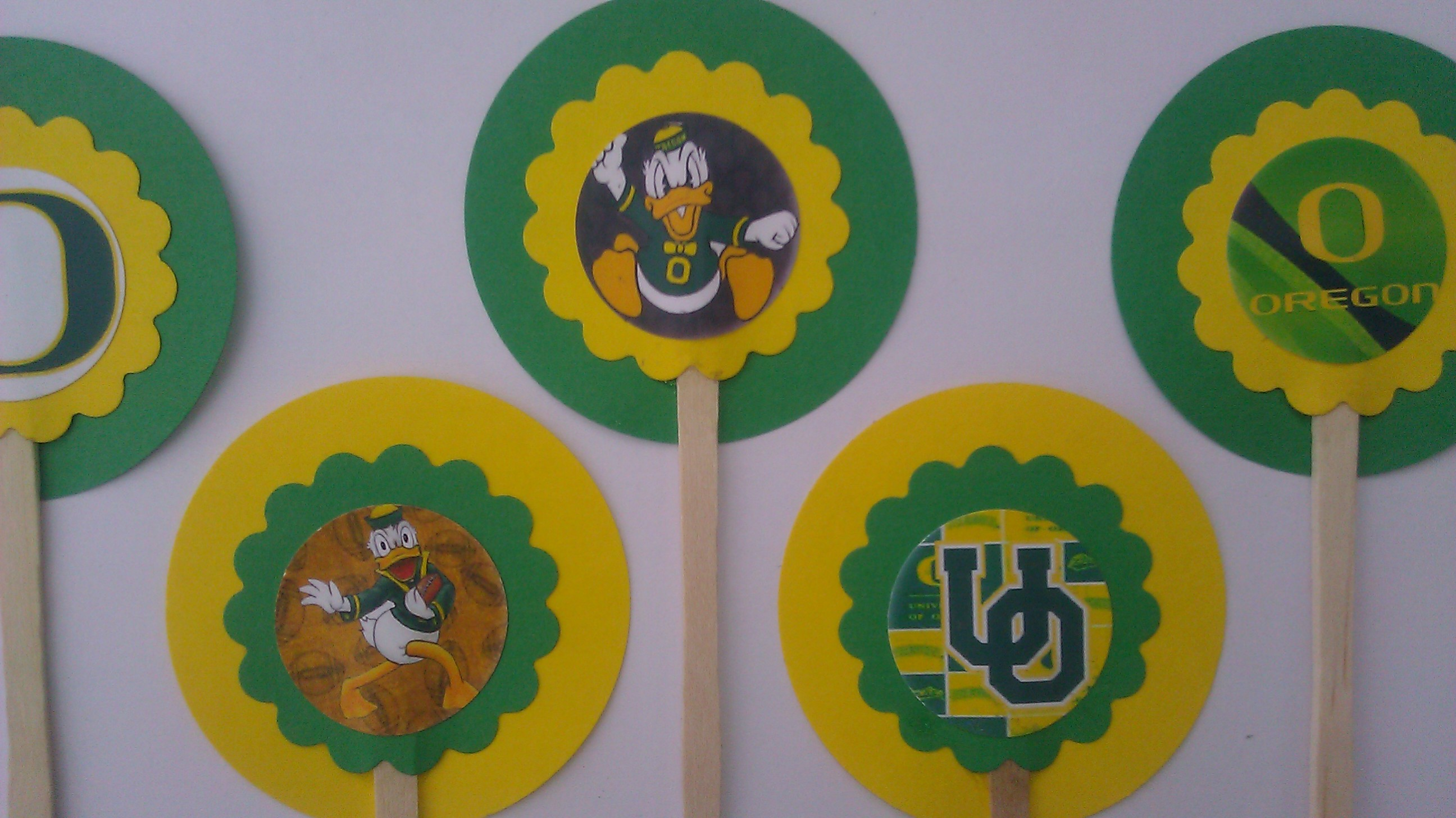 Party Supplies 2 | NFL Cupcake toppers and wine charms | Online Store ...
