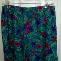 JR Bentley Floral Shorts XL