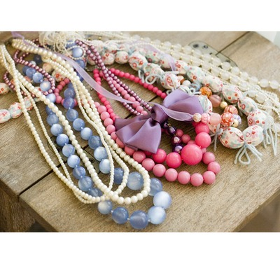 Lot of mixed necklaces 3