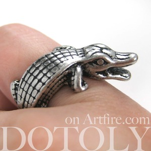 Miniature Crocodile Wrap Ring in Silver - Sizes 9 ONLY