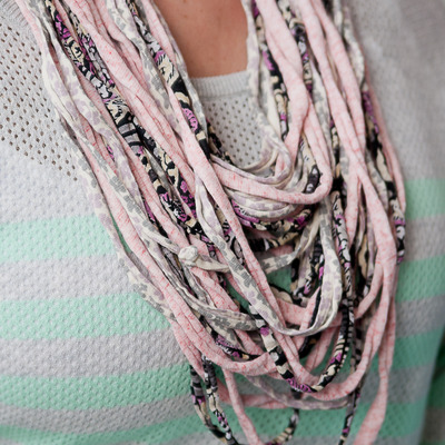 Upcylced noodle t-shirt scarf {pink/grey/white}}
