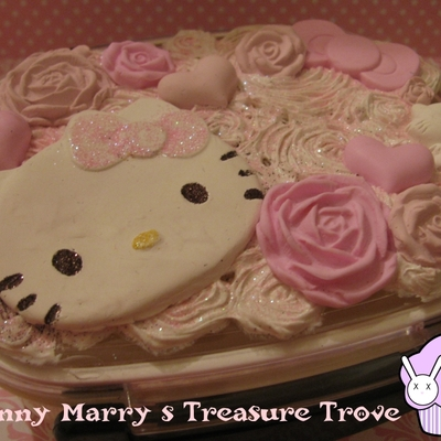 Pink hello kitty and roses decoden bento box