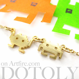 Atari Space Invaders Alien Pixel Arcade Game Charm Necklace in Gold