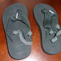 REEF SANDALS-NEW-SIZE 7/8
