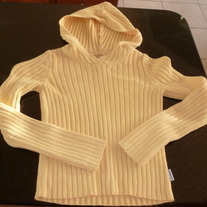 ABERCROMBIE YELLOW HOODED SWEATER SIZE SMALL