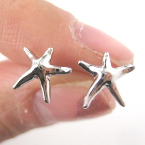 Small Starfish Star Shaped Stud Earrings in Silver