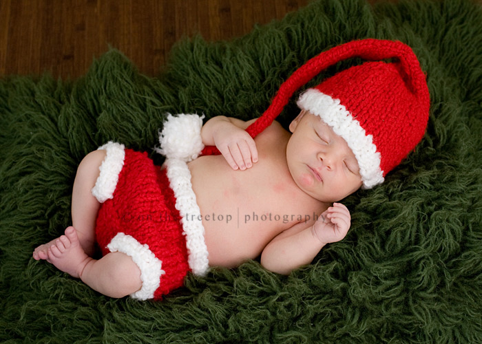 2efa360c015 Christmas santa hat and diaper cover set for newborn