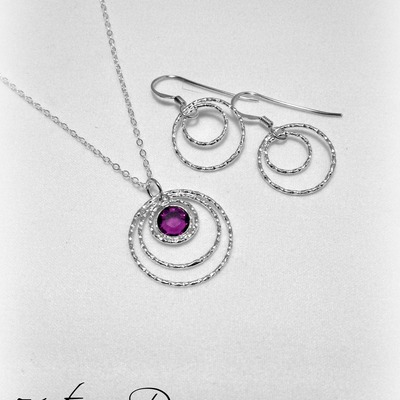 Triple ring necklace and double ring earring set