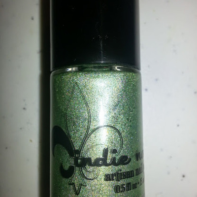 Jindie nails olive you