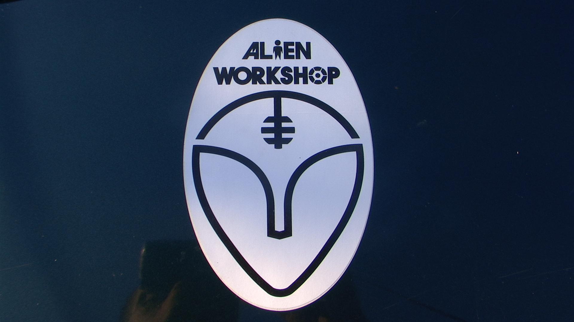 alien workshop wallpaper - photo #29