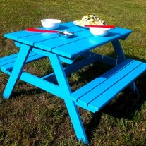Picnic_20table_medium