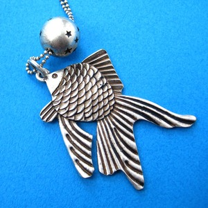 Goldfish Fish Sea Animal Pendant with Round Charm Necklace in Silver