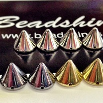 10mm conical spikes (12 pcs)