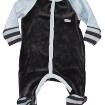 Coccoli Infant Velour Footie Pajamas- black/light blue