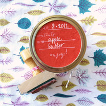 Canning Label Stamp with heart and arrow design - Enjoy