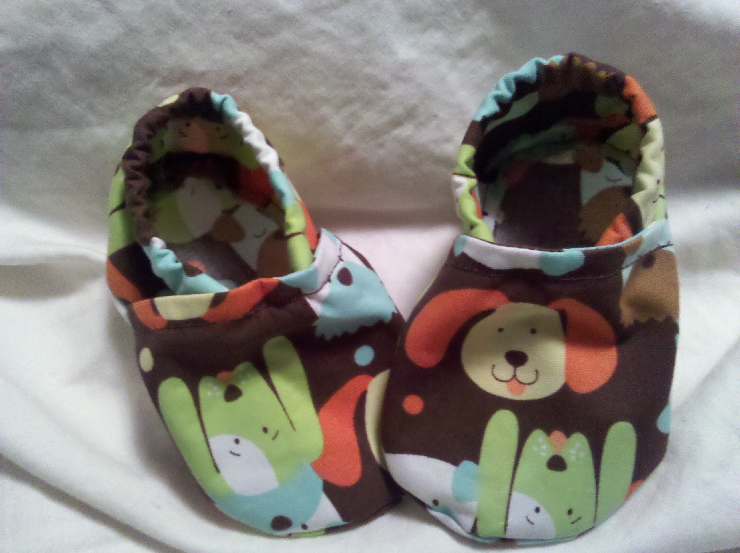 Baby Boy Crib Shoes green puppy · Cuddle Feet · line Store