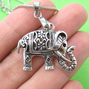 Detailed Elephant Animal Charm Necklace in Silver