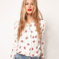 Kiss Me Blouse