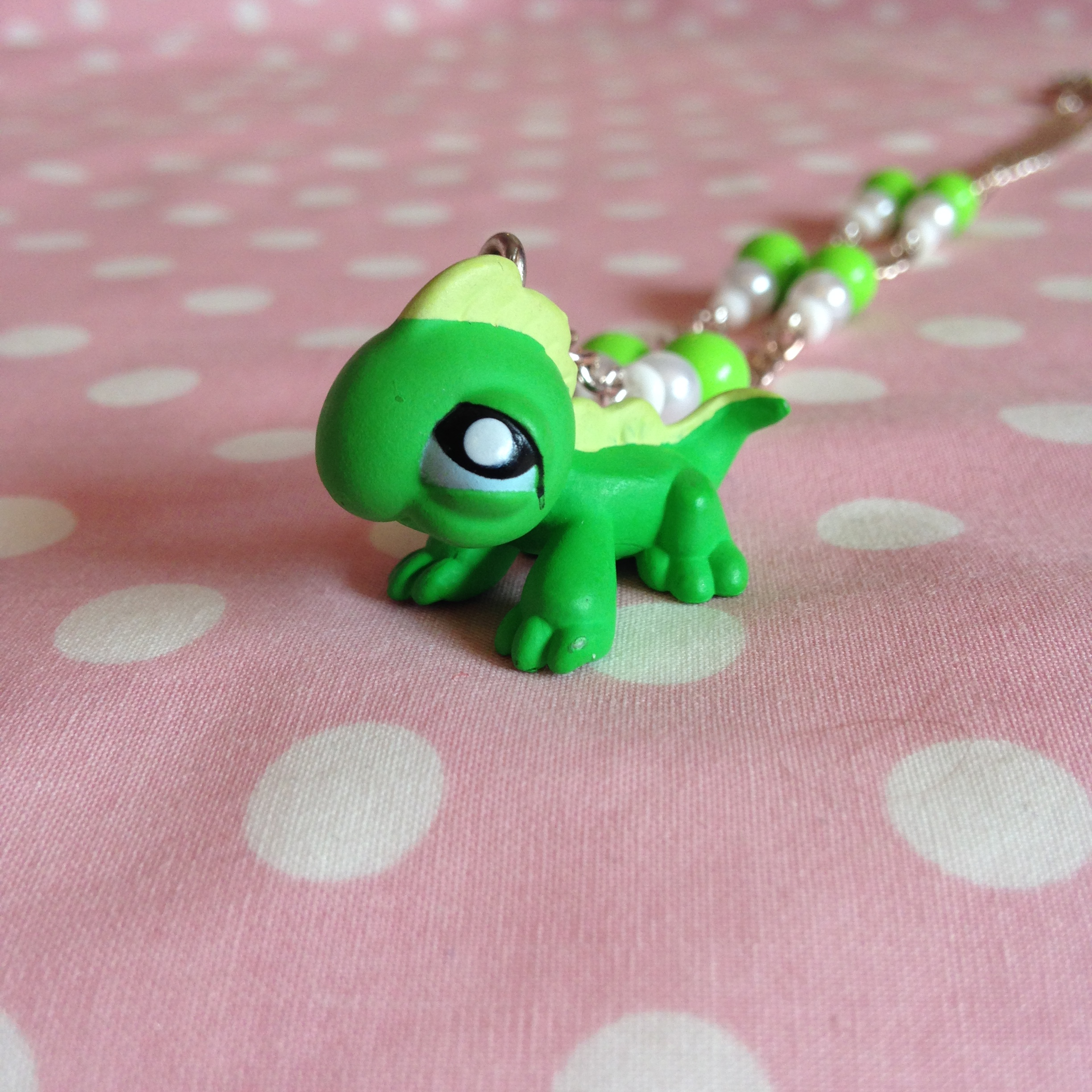 Oh So Kawaii: Littlest Pet Shop Green Lizard Necklace