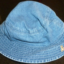 Denim Hat with Chin Strap-Baby Gap 6-12 Months