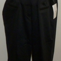 Black Capris-NEW-Duo Maternity Size Large  03145