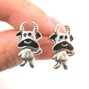 Cow Bull Animal Stud Earrings in Silver with Rhinestones