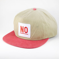 NO snapback hat - red/beige
