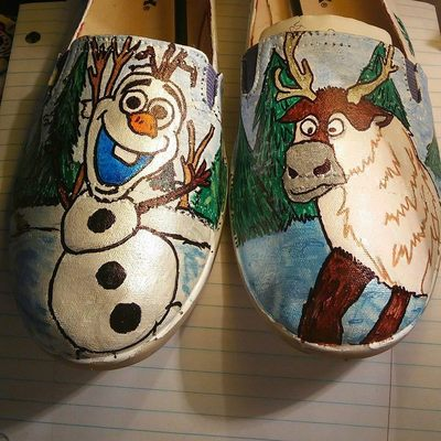 Frozen hand painted shoes