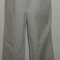Khaki Pants-Gap Maternity Size 10 Regular  041210