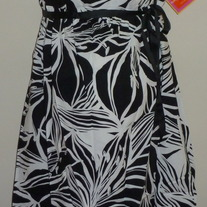 Black/White Dress with Ribbon Tie-NEW-Liz Lange Maternity Size XS  GS513