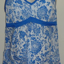 Blue/White Floral Halter Top-Motherhood Maternity Size Small  GS513