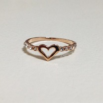 Love sign ring with crystal - Rose gold