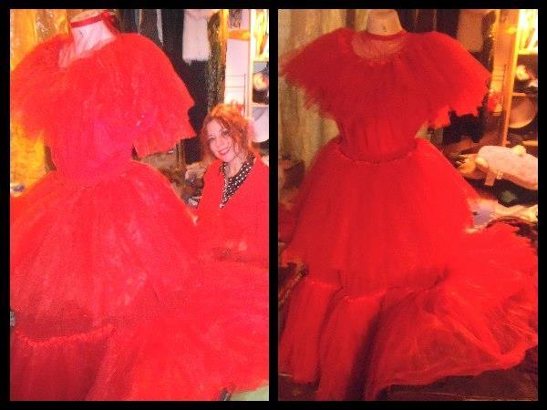 Lydia deetz beetlejuice red wedding dress costume for Lydia deetz wedding dress