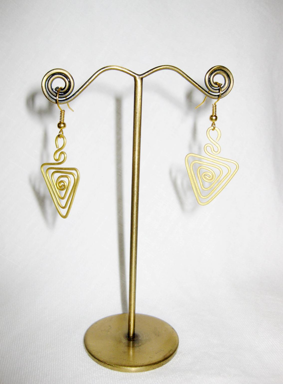 brass dangle earrings triangle fashion designs handmade jewelry thailand je1002 golden world. Black Bedroom Furniture Sets. Home Design Ideas