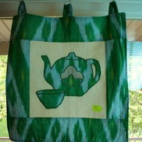 Wall_20hanging_20tea_20cotton_20blossom_20motif_20green_2020_20dollars_medium