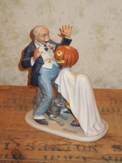 halloween norman rockwell figure