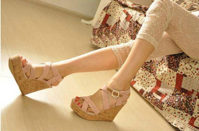 high heel online