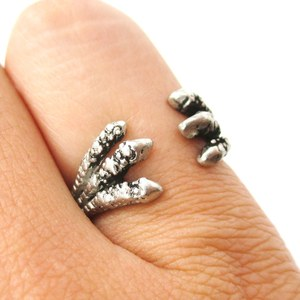 Realistic Raven Claws Shaped Adjustable Wrap Around Ring in Silver