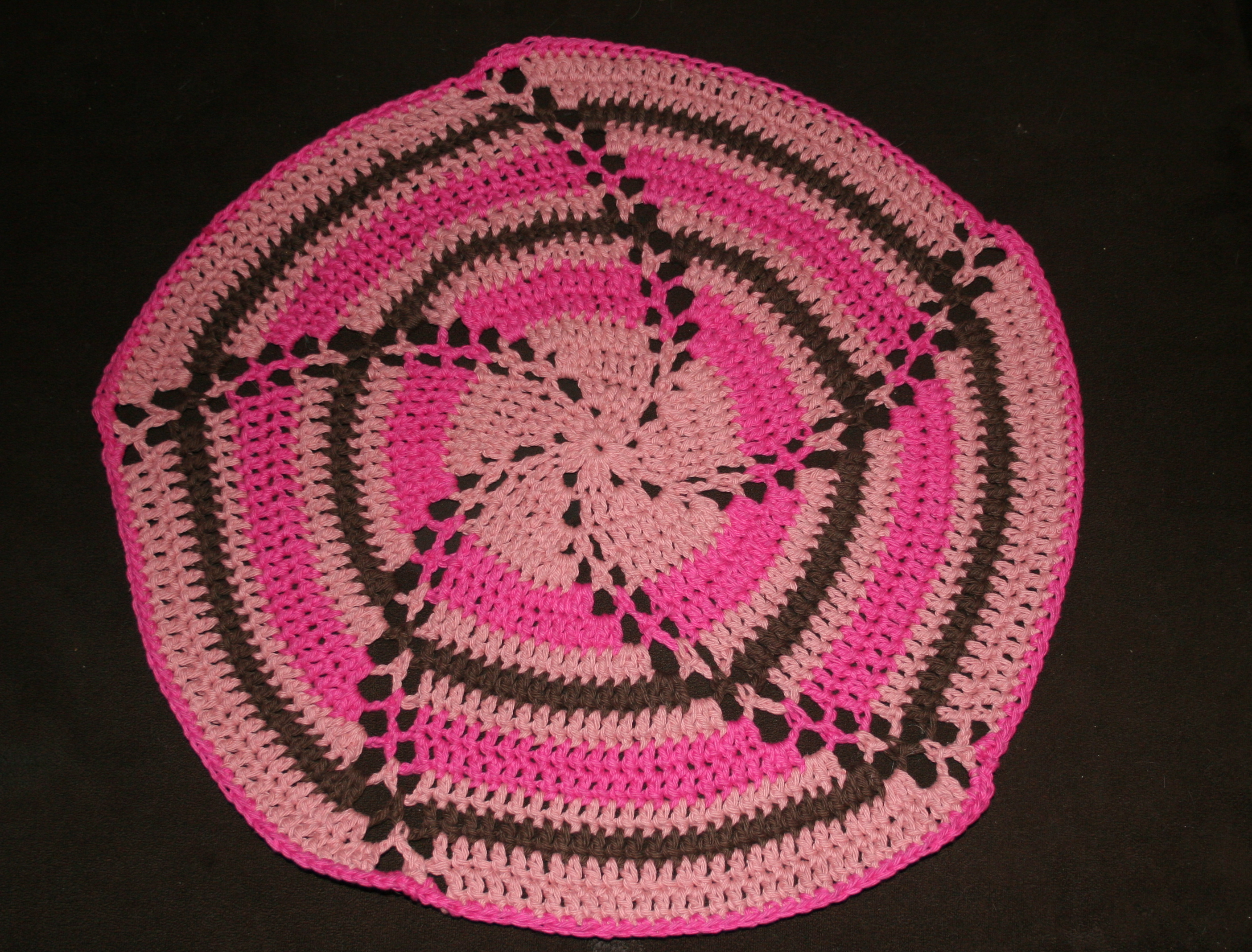 Crochet Baby Blanket Circular Pattern : Clever Ribbon Crochet Baby Blanket - Circle Pattern ...