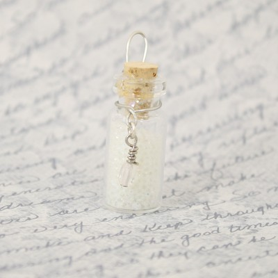 Lumos potion bottle charm - glow in the dark goop or glitter -spells - magic - light - spells - halloween - gift - fandom - gifts under 10
