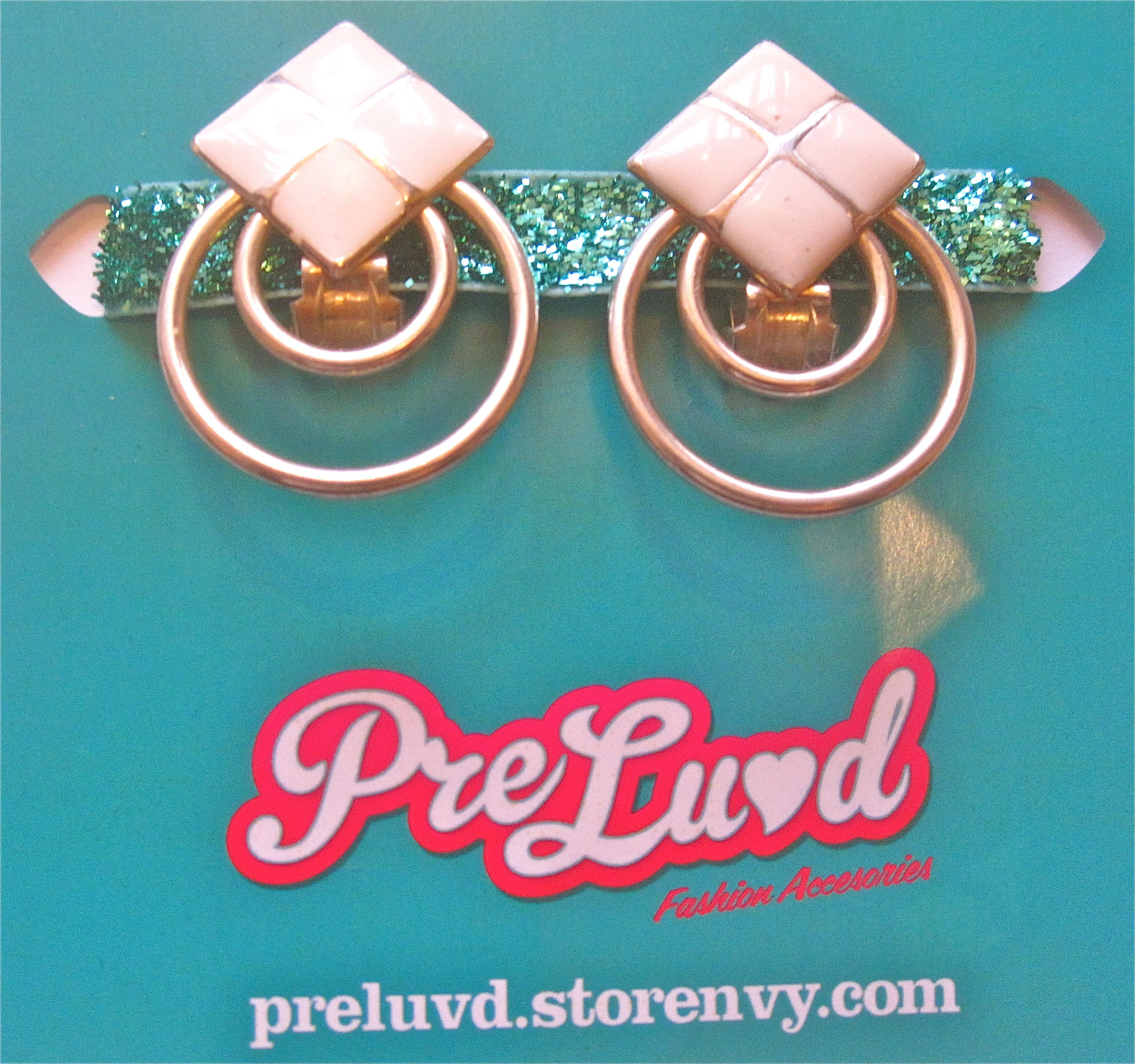 Preluvd art deco style fancy online store powered by for Art deco online shop