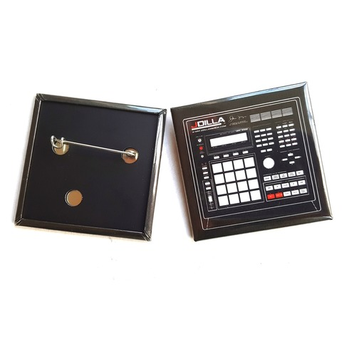 "<div class=lght> <div class=lghttit>MPC 3000 ""BEAT MACHINE"" BUTTON</div> <div class=lghtprice>&#36;7.99</div> <div class=lghtbut><a href=http://www.jdillastore.com/products/17052516-mpc-3000-beat-machine-button target=_blank class=lghtbtn>MORE DETAILS</a></div> </div> <p>"