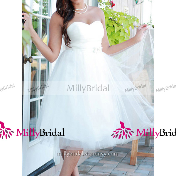 Chic Short Summer Beach Wedding Dresses White Sweetheart Knee