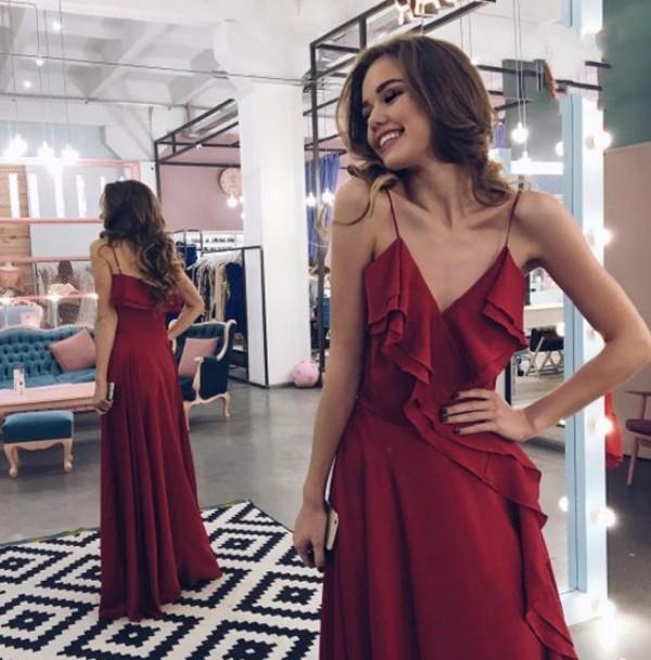 2017 Burgundy Prom Dresses Spaghettis Straps Ruffles A Line Semi