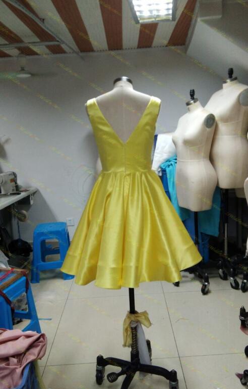 Short Yellow Simple Cheap V-neck Homecoming Dresses,Homecoming Dress ...