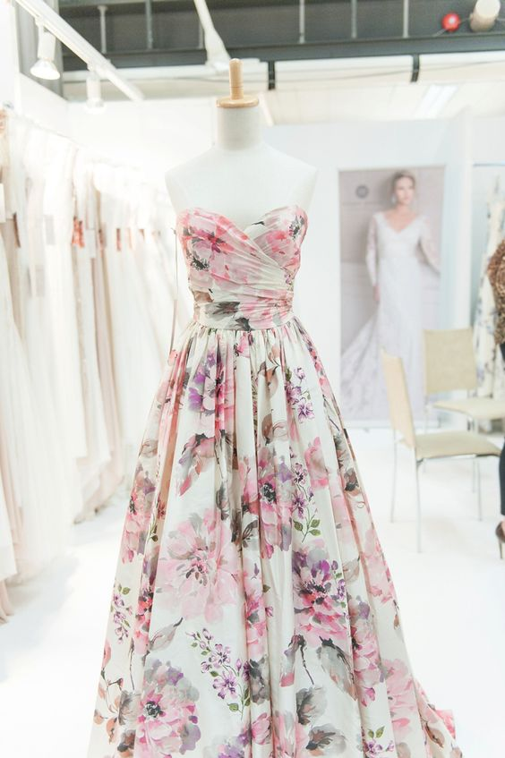 Elegant Sweetheart Floral Print Wedding Dress for Bridal ...