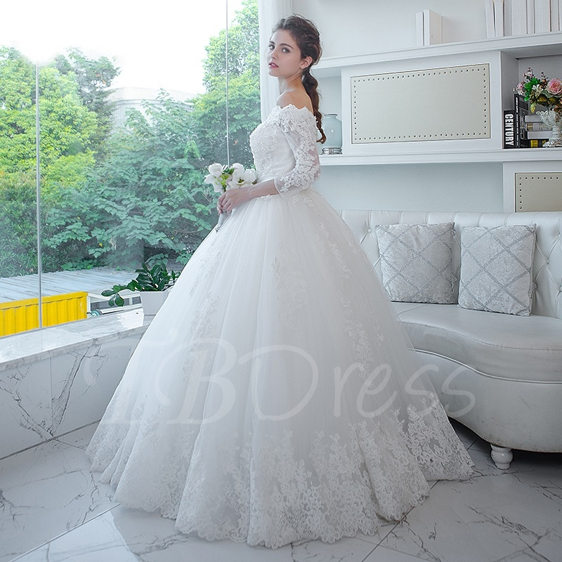 W180 Ball Gown Wedding Dress Off-The-Shoulder Appliques,One Boat ...