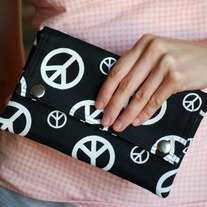 Double Snap Wallet - Peace in Black