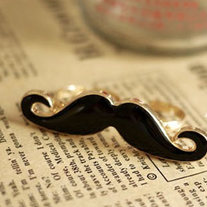 Hipster Moustache Double Finger Ring